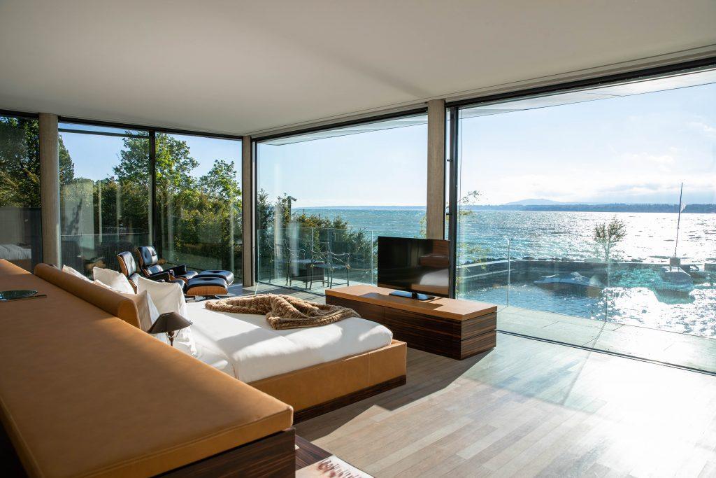 Villa-du-Lac-Reserve-Geneve-Master-Bedroom-3