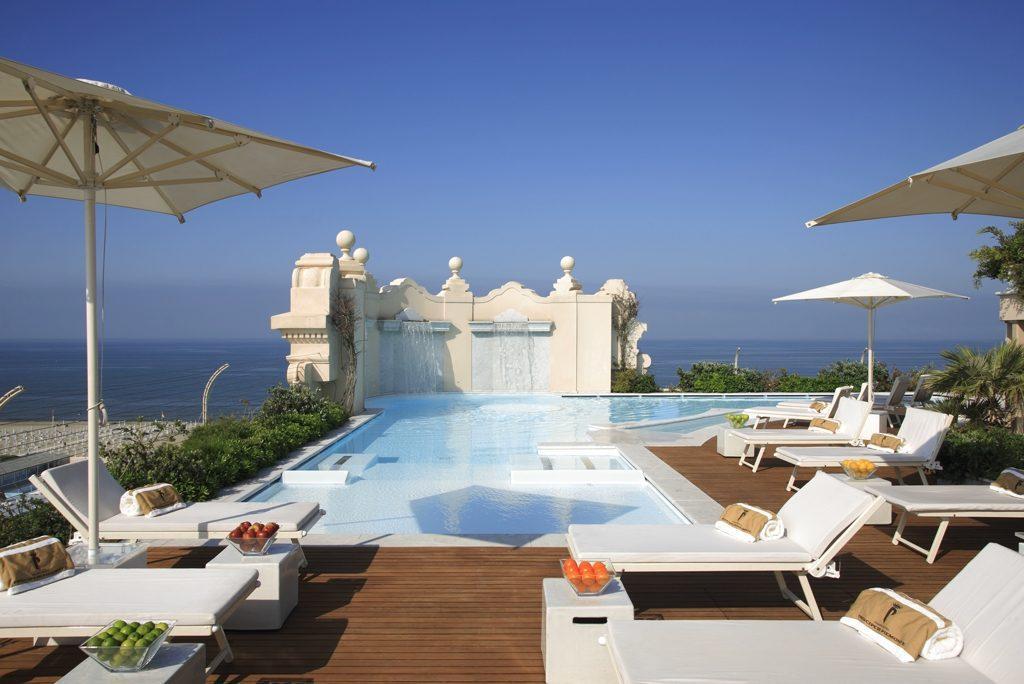 Piscina terrazzo panoramico-small