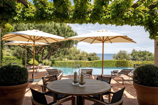 Villa-5-Reserve-Ramatuelle-vue-patio @G.Gardette